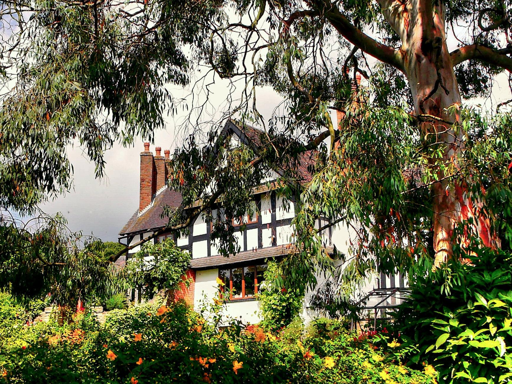 A Tudor Farmhouse...