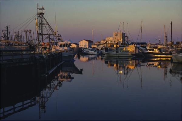 Sundown at the Marina by Daisymaye