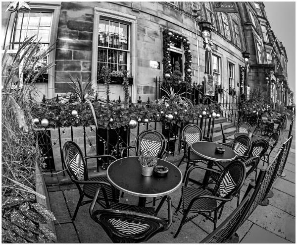 Pavement Cafe by mac