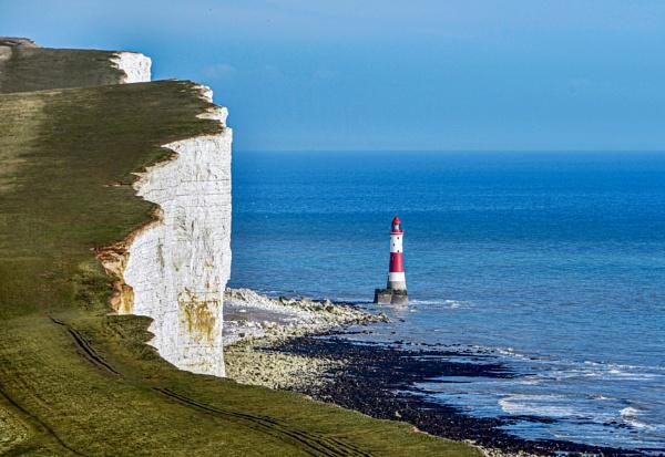 Beachy Head Lighthouse. by scuggy