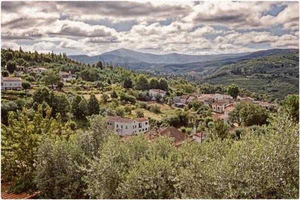 View over Barril de Alva by jacomes