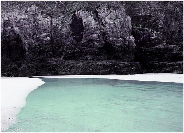 Droskyn Point Cliffs by ZenTony