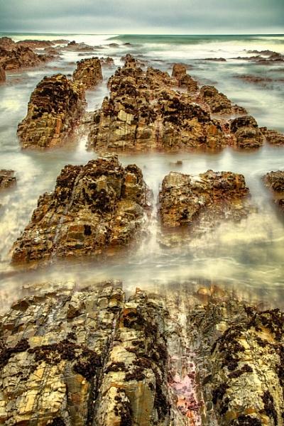Ocean Rockery by capturingthelight