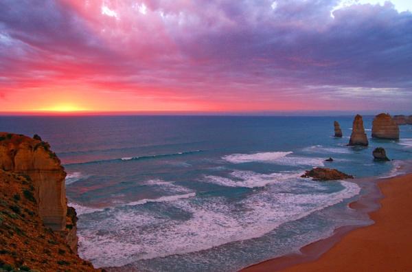 Port Campbell, Australia by Uenocats