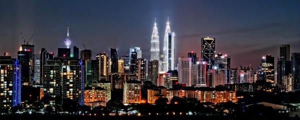 Kuala Lumpur panoramic skyline 4 by sawsengee