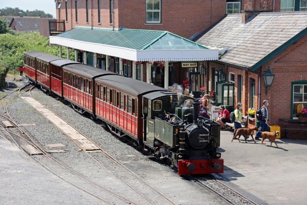 The Talyllyn Narrow gauge railway. by mike9005