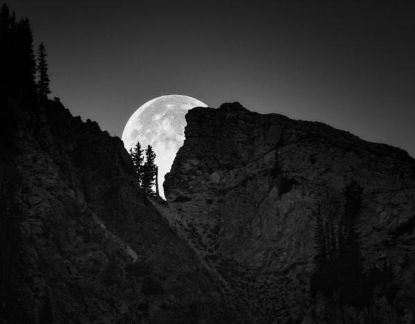 As the moon falls by mlseawell