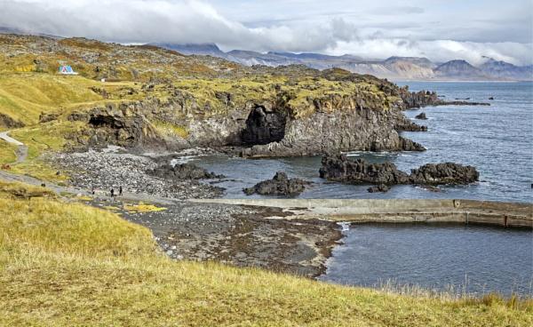 Arnarstapi Cliffs, Snaefelles Peninsular by pdunstan_Greymoon