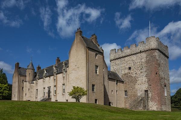 Drum Castle by CanonMan