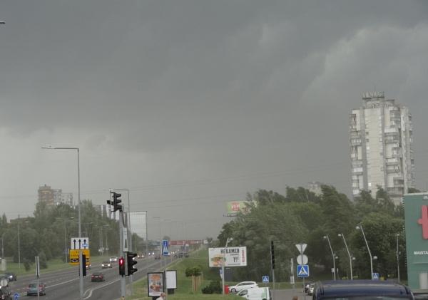 The rain is coming by SauliusR