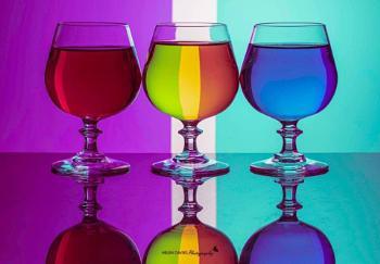 Multicoloured glasses