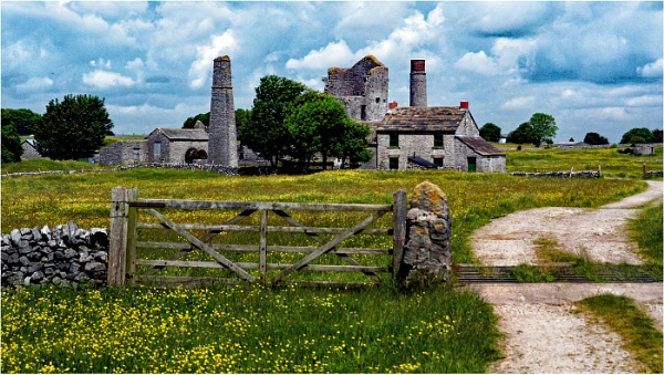 Magpie Mine by dven