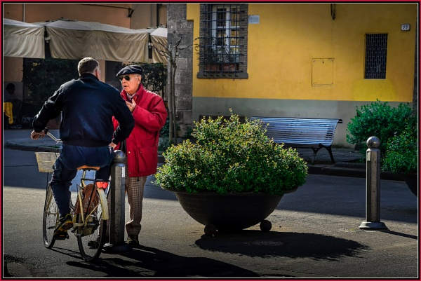 \'\'LUCCA ----- Street talk\'\' leading to \'\'Piazzale Boccherini\'\', by Edcat55