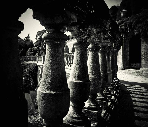 Shadows by adagio