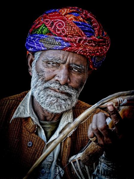 Rajasthani troubadour by sawsengee