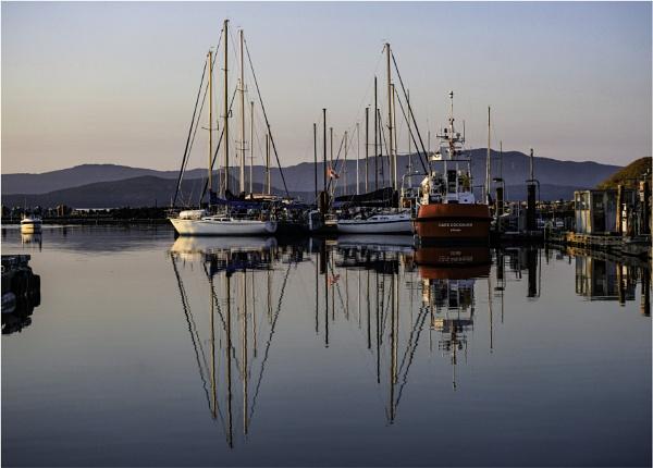 Mast Symmetry by Daisymaye