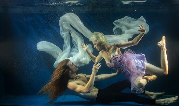 Underwater Love by rontear