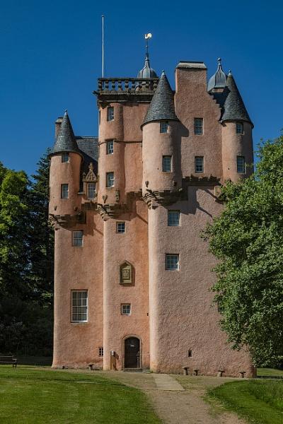 Craigievar Castle by CanonMan