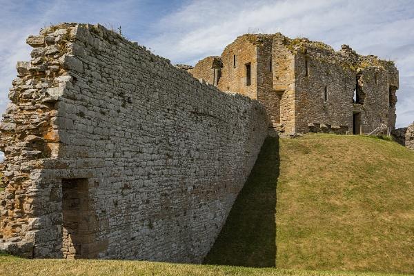 Duffus Castle by CanonMan