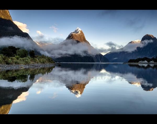 Milford Sound by edrhodes