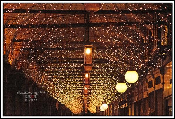 Xmas lights by GwailoAngMo