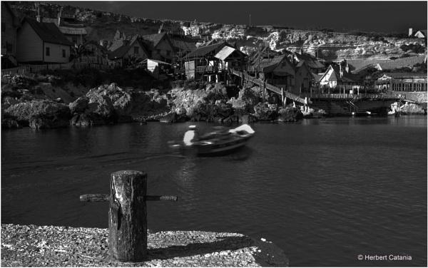 Whiz Boat by Herbert_Catania