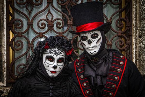 Spooky by RonDM