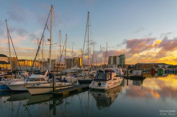 Sunrise over Sutton Harbour by GraceC