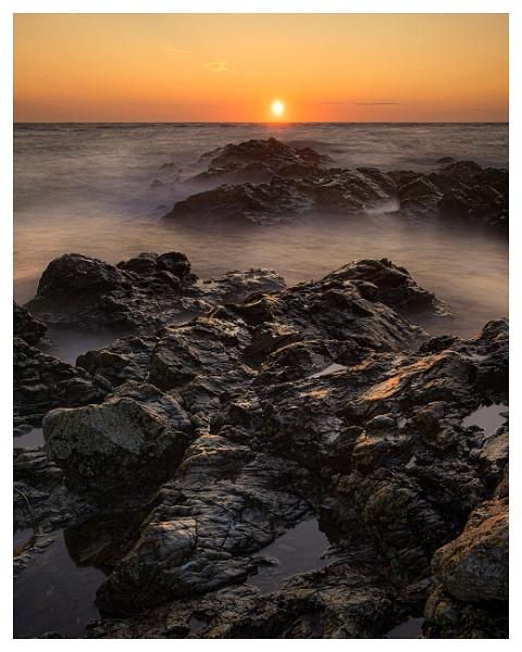L Etacq Sunset by happysnapper