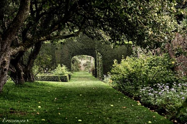 Castle Howard Gardens by Ericsamson