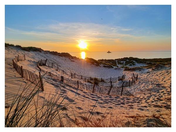 St Ouens Sunset by happysnapper