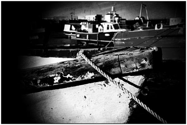 Still Floating; just ! by ZenTony