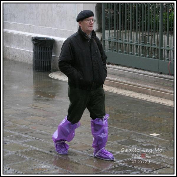 Acqua Alta footwear 5 of 5 - Beret & lilac boots by GwailoAngMo
