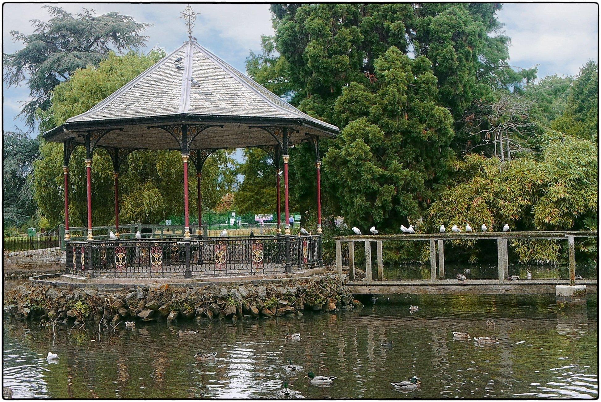 Gheluvelt Park Bandstand.