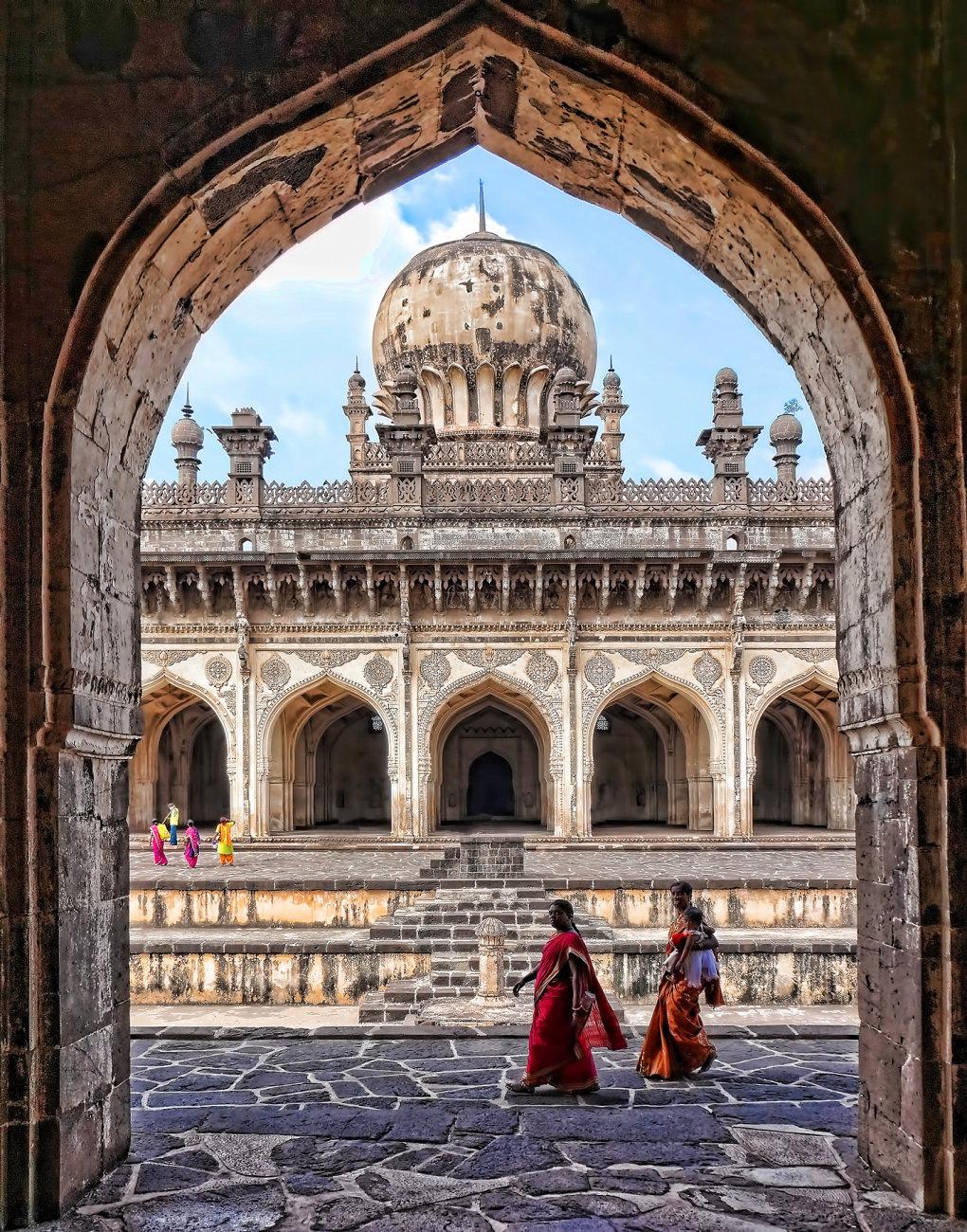 Ibrahim Rauza tomb in Bijapur