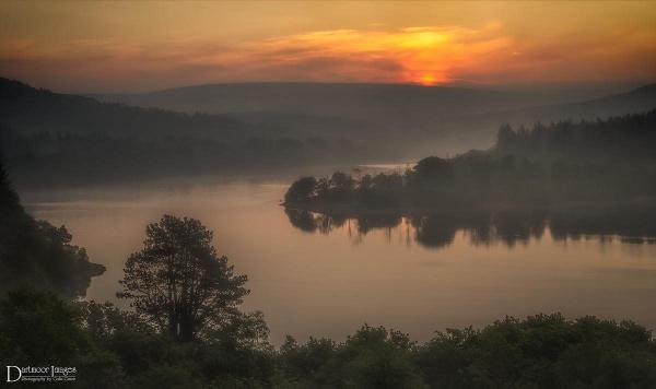 Breaking Dawn by GraceC