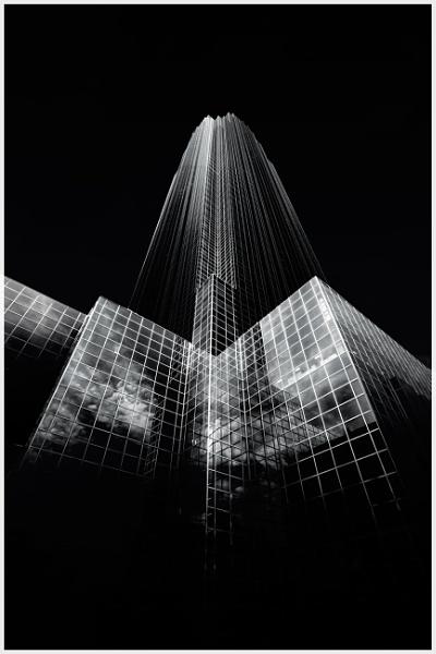 Williams Tower - Houston Texas by bobbyl