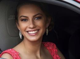 Payton on prom night