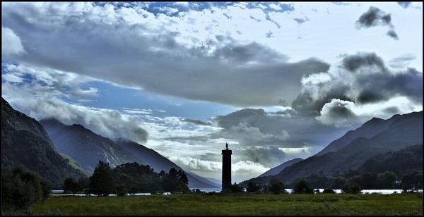 Glenfinnan monument by djh698