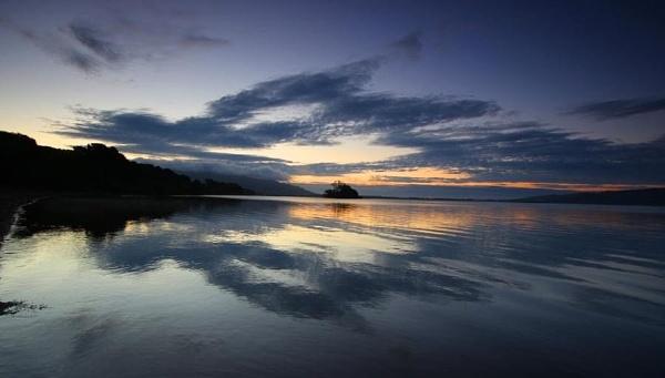 Loch Leven (Kinross) by Eckyboy