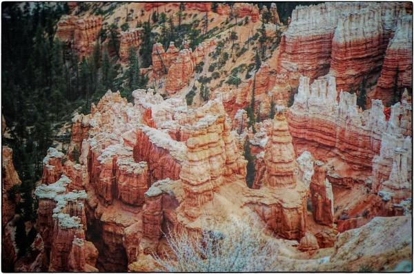 Bryce Canyon, Utah by rfhfoto