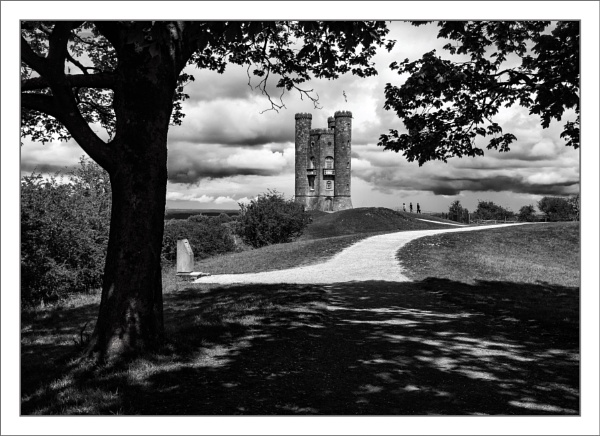Broadway Tower by tonyheps