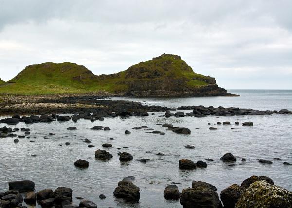 Giant\'s Causeway by Meditator