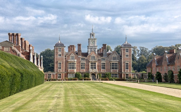 Blickling Estate Norfolk by Cannon203