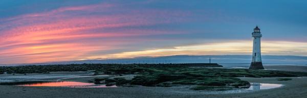 Perch Rock Lighthouse by jasonrwl