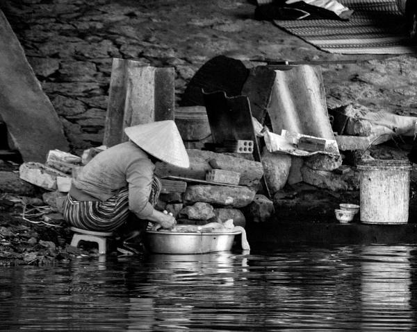 Washing Fish by sweetpea62