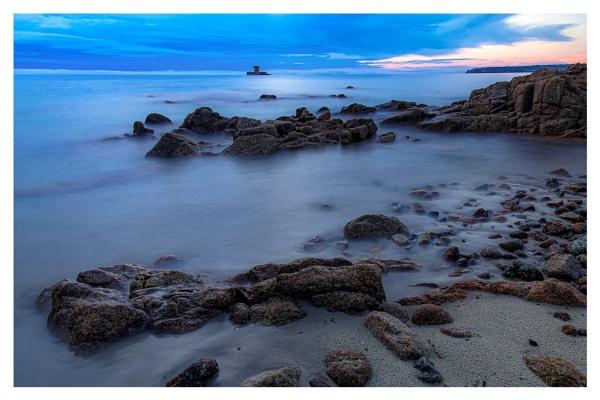 St Ouens Bay by happysnapper