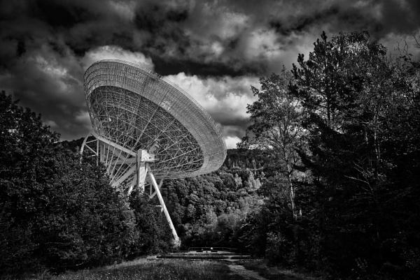 Radiotelescope by icipix