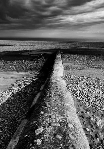 Aberthaw Groynes. by Buffalo_Tom