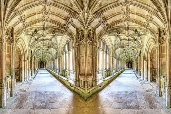 Hogwarts cloister by dflory